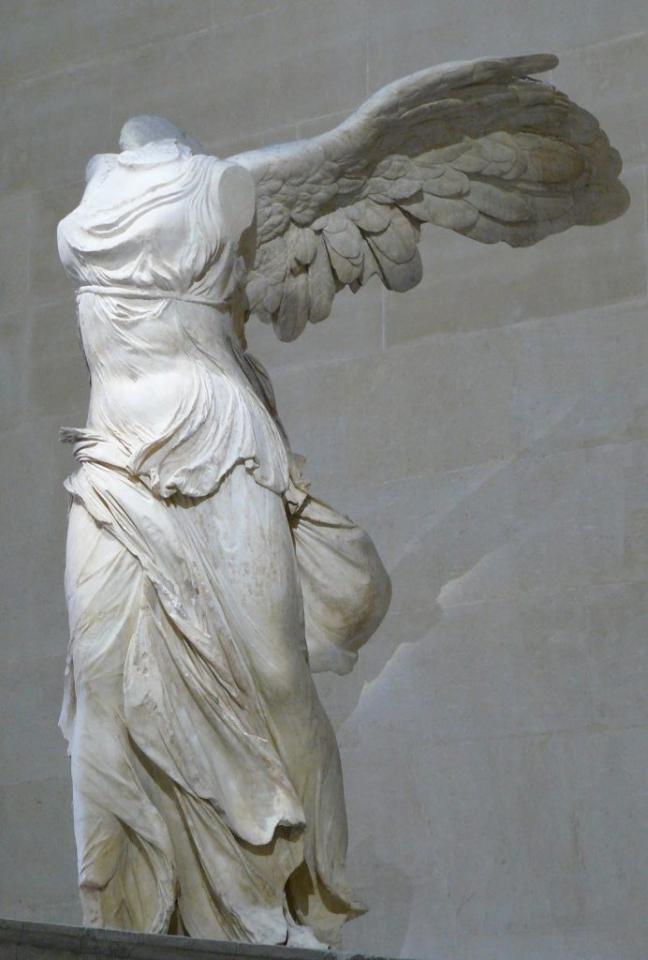 Winged Victory (Nike) of Samothrace, 2nd century BC, 244 cm, Lovre, Paris (WikiCommons)