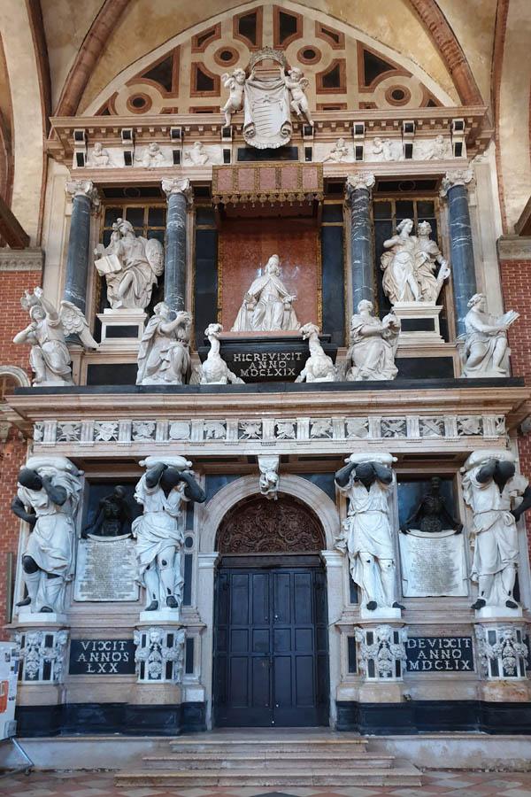 Monumento al Doge Giovanni Pesaro_1