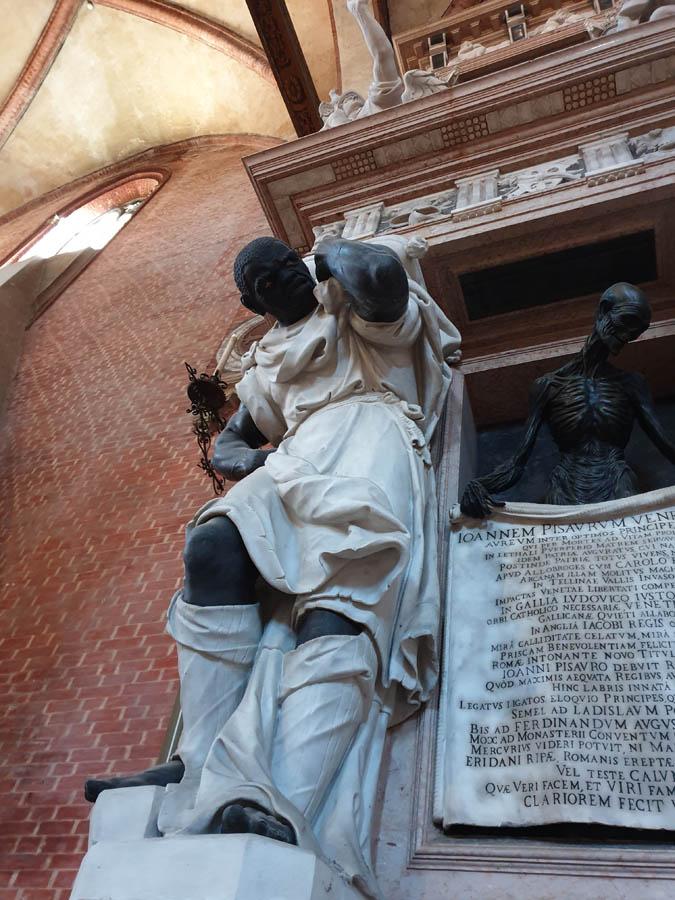 Monumento al Doge Giovanni Pesaro_3