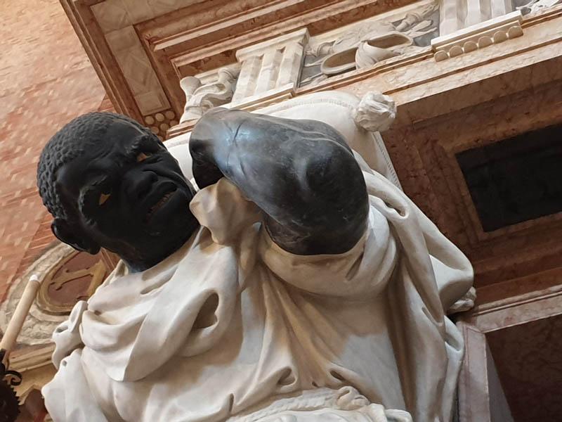 Monumento al Doge Giovanni Pesaro_4