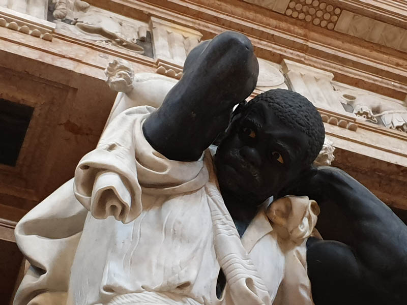 Monumento al Doge Giovanni Pesaro_5